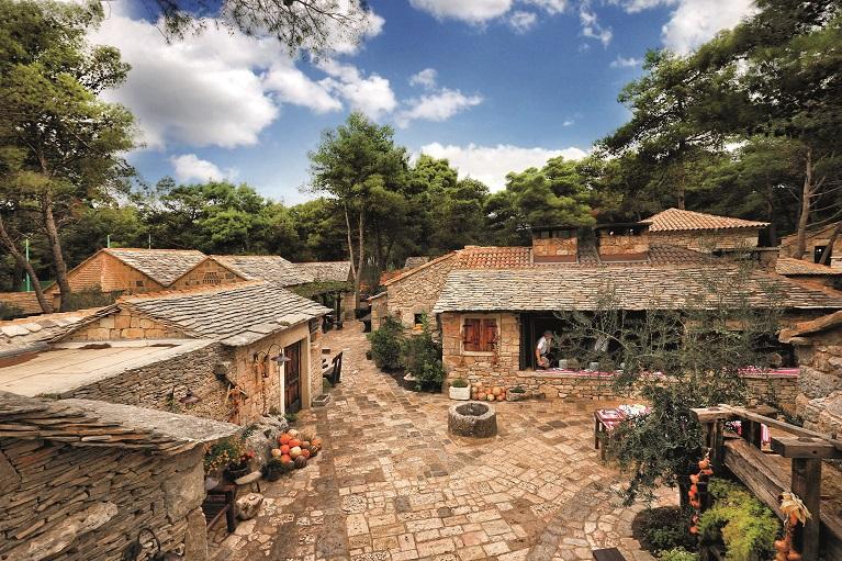 Dalmatinske selo
